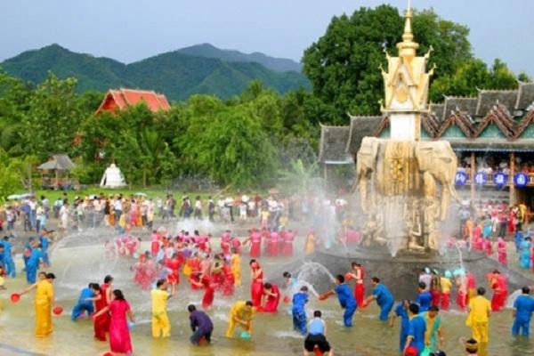 Bunpimay festival