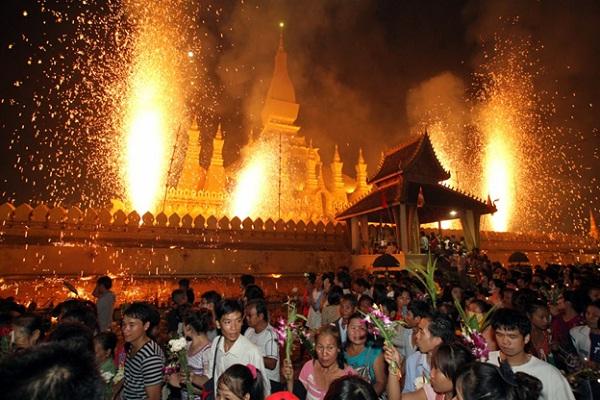 Pha That Luang festival
