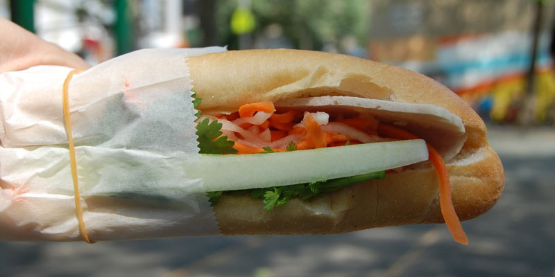 Khao Jee (baguette sandwich) - the most inexpensive lunch you can find